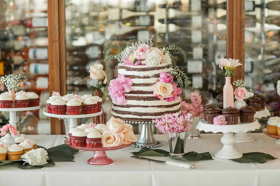 Planning Your Dessert Bar With Class