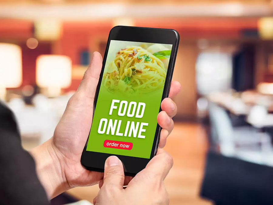 Why Restaurant Owners Should Make Use of Online Food Ordering Systems?